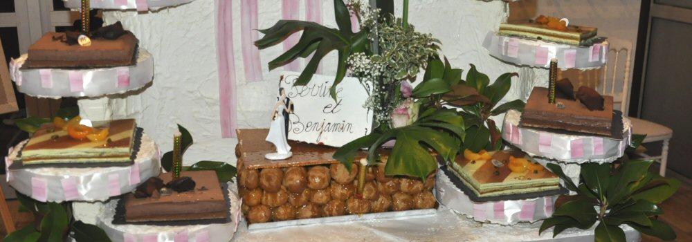 BUFFET-MARIAGE-DESSERTS-ET-PIECE-MONTEE